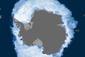 Klimatyczni sceptycy zacieraj� r�ce: wok� Antarktydy ro�nie lodowy ko�uszek