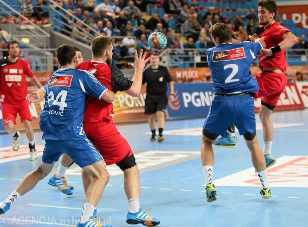 Arbitrzy z Kielc poprowadzili ju� w tym sezonie mecz Orlen Wis�y P�ock z Wybrze�em Gda�sk 35:21 (17:11)