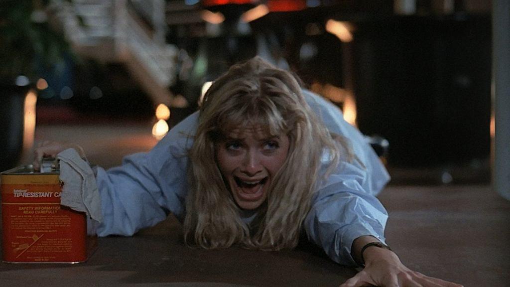 Barbara Crampton w 'Robotach śmierci' / kadr z filmu