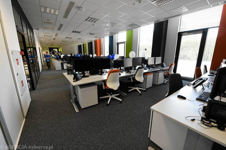 Open space w nowym biurze firmy Luxoft w budynku Green Day we Wrocławiu - zdjęcie ilustracyjne