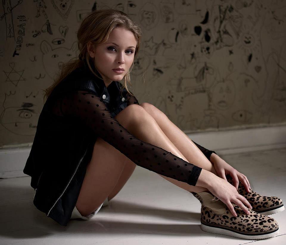 Zara Larsson prezentuje alternatywną wersję klipu do