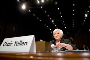 Fed podni�s� stopy procentowe w USA