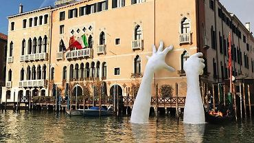 Rzeźby wyglądają niesamowicie.