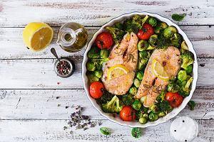 Chcesz zacząć gotować zdrowiej? Znamy co najmniej 19 sposobów, które ci w tym pomogą