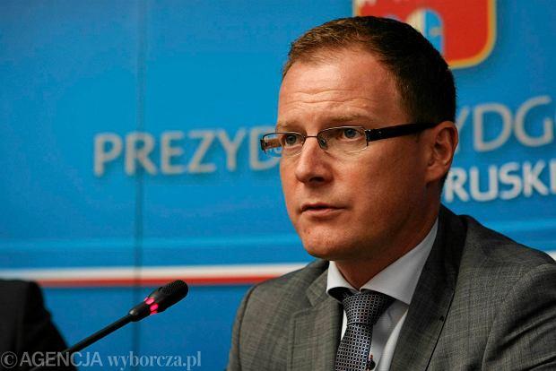 Prezes i wiceprezes Polskiego Holdingu Obronnego (d. Bumar) odwo�ani