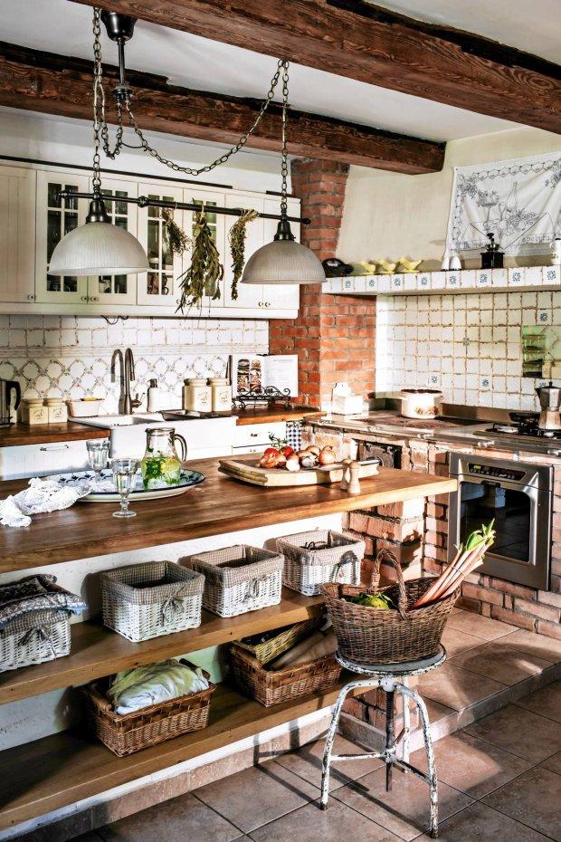 Kuchnia w stylu wiejskim -> Kuchnia Z Cegly