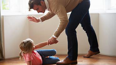 Francja zakazuje klapsów. W Polsce zakaz bicia dzieci obowiązuje od 2010 roku