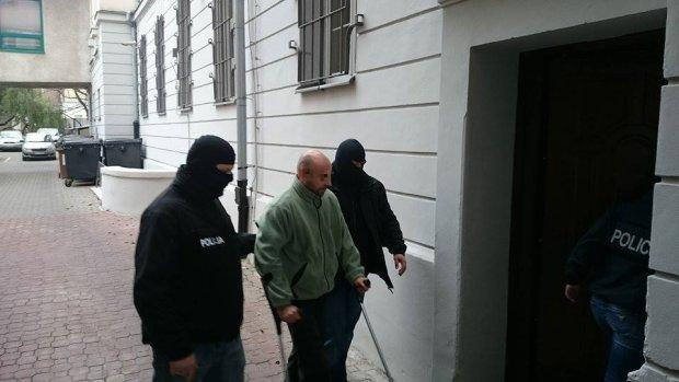 """Zarzut zgwa�cenia 15-latki dla Krystiana W. S�d zdecydowa�: """"�owca nastolatek"""" tymczasowo aresztowany"""