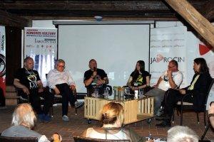 Festiwalowy Kongres Kultury na Festiwalu w Jarocinie