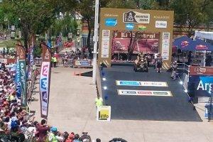 Rajd Dakar. Po prologu - D�browski i Czachor na 5. miejscu, Sonik na quadzie 14. Motocykli�ci daleko.