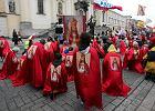 Og�osz� Jezusa kr�lem, ale nie Polski. W ko�cio�ach czytano list biskup�w w tej sprawie
