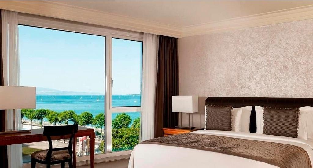 Hotel president wilson royal penthouse suite w genewie for Royal penthouse suite hotel president wilson