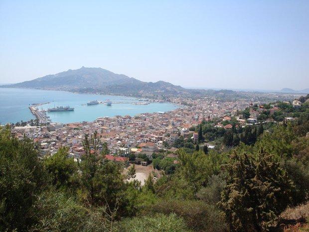 Polak �miertelnie pobi� pracownika hotelu w Grecji. Rodzina broni m�czyzn�: To Grek zacz��