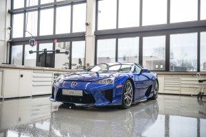 Gdzie i jak serwisuje się Lexusa LFA?