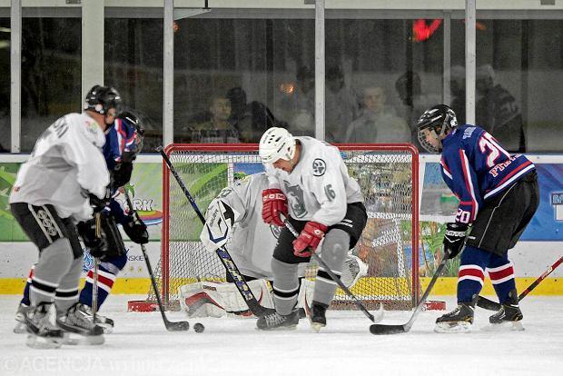 Zaskakująca sprawa - hokej na lodzie nie wymarł w Poznaniu. Jest popularny