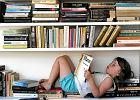 Ile w przeciętnym polskim domu wydaje się rocznie na książki? Przygnębiające dane GUS