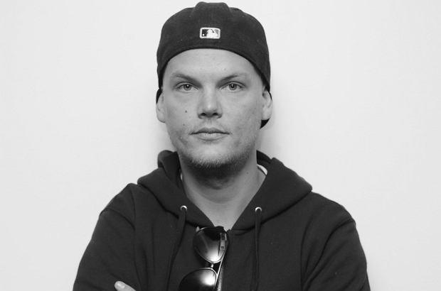 DJ Avicii nie żyje. Na jaw wypływają kolejne fakty z jego życia. Okazuje się, że muzyk nie chciał już występować, a to spotkało się z dużą dezaprobatą jego otoczenia.