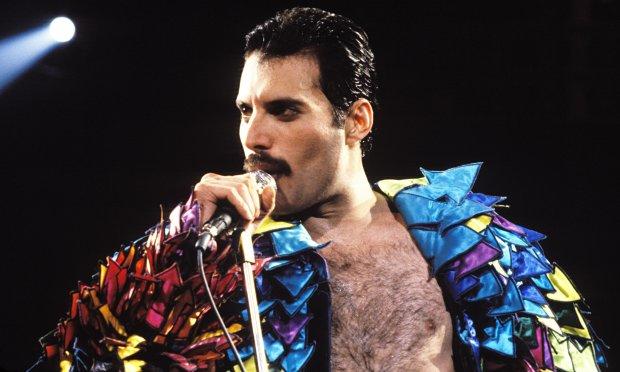 Latem ruszą prace nad kinową biografią Freddiego Mercury'ego. Artystę zagra Ben Whishaw.
