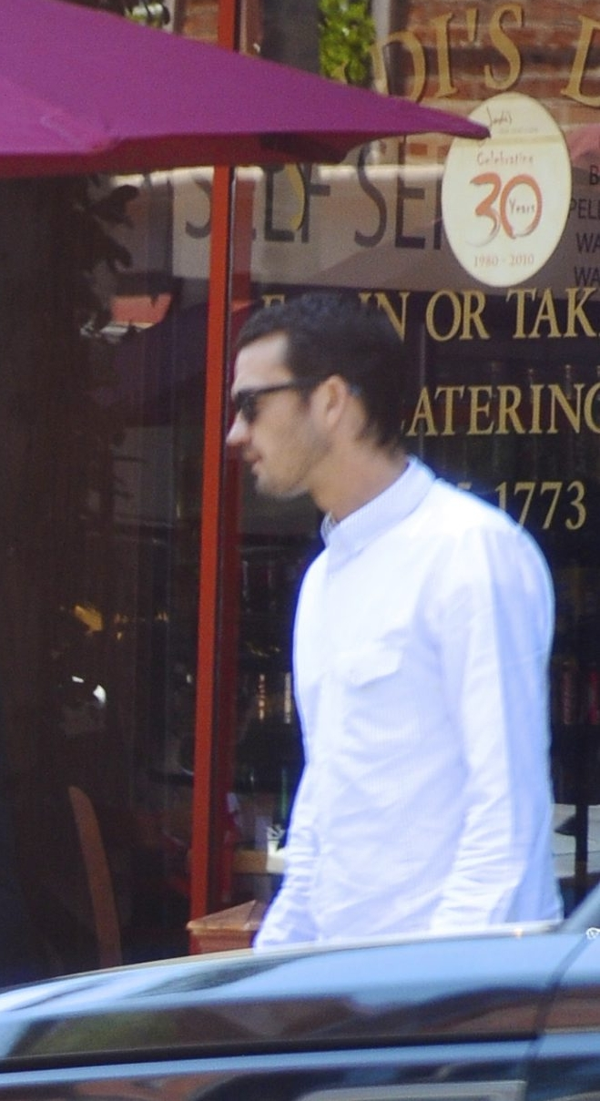 ***** DOUBLE WEB RATES APPLY *****  ***** DOUBLE WEB RATES APPLY *****    ??NATIONAL PHOTO GROUP   Rupert Sanders and Liberty Ross meet up at an office building. Liberty then has lunch with an unidentified man at Cecconi's in West Hollywood.   Job: 080712C1  PREMIUM EXCLUSIVE August 7th, 2012 West Hollywood, CA  NPG.com    ***** DOUBLE WEB RATES APPLY *****  ***** DOUBLE WEB RATES APPLY *****
