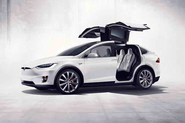 """Tesla   Elon Musk przedstawi� nowy plan rozwoju. """"Niemal ka�dego b�dzie sta� na Tesl�"""""""