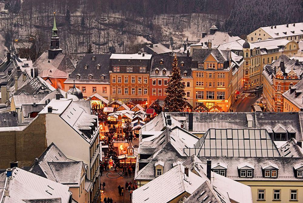 W Niemczech jarmarki bo�onarodzeniowe odbywaj� si� w niemal ka�dym mie�cie i miasteczku. Annaberg-Buchholz, Niemcy / fot. Shutterstock