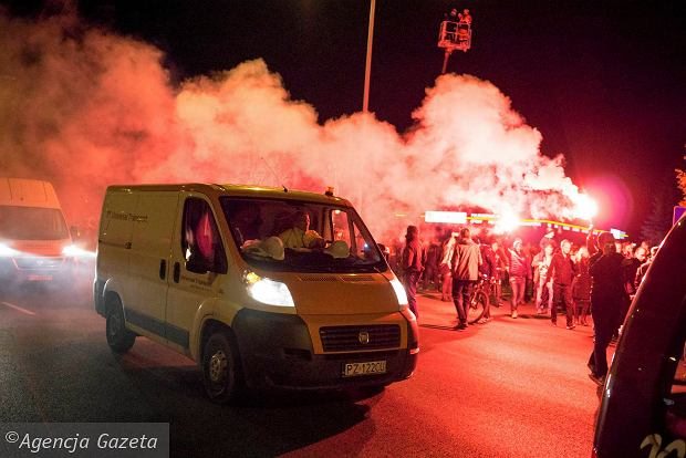 Zdjęcie numer 17 w galerii - Lech Poznań ma już swoją lokomotywę. Parowóz stanął przed stadionem przy Bułgarskiej
