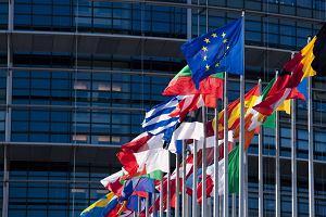 Komisja Parlamentu Europejskiego przyjęła projekt rezolucji w sprawie Polski. Popiera uruchomienie art. 7