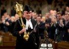 Kanada: Parlament z�o�y� ho�d funkcjonariuszowi ochrony, kt�ry zastrzeli� zamachowca