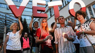 Demonstracja przeciwników pisowskich ustaw ograniczających niezależność sądownictwa. Kraków, 20 lipca 2017