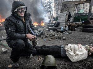 Jakub Szymczuk: wierzący katolik fotografujący lewicowców i anarchistów