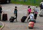 Przygnębiający raport: Ok. 4 mln Polaków rozważa emigrację za pracą na Zachód