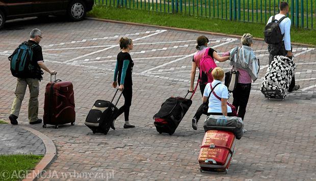 13% поляков готовы уехать за лучшей жизнью за границу