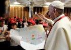 Papie� Franciszek na spotkaniu z dzie�mi uchod�c�w: Ci, kt�rzy zamykaj� swe serca, nie maj� ludzkich serc