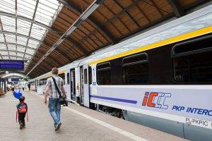 Punktualność pociągów PKP Intercity najgorsza od lat. Jedna trzecia ma opóźnienia
