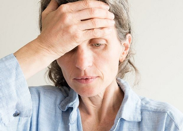 Większość kobiet w wieku menopauzalnym doświadcza przykrych dolegliwości