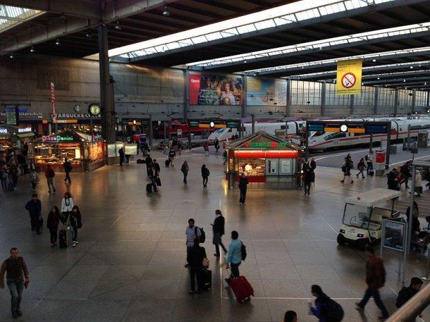 """Alarm terrorystyczny w Monachium. """"Powa�ne, bezpo�rednie zagro�enie"""""""