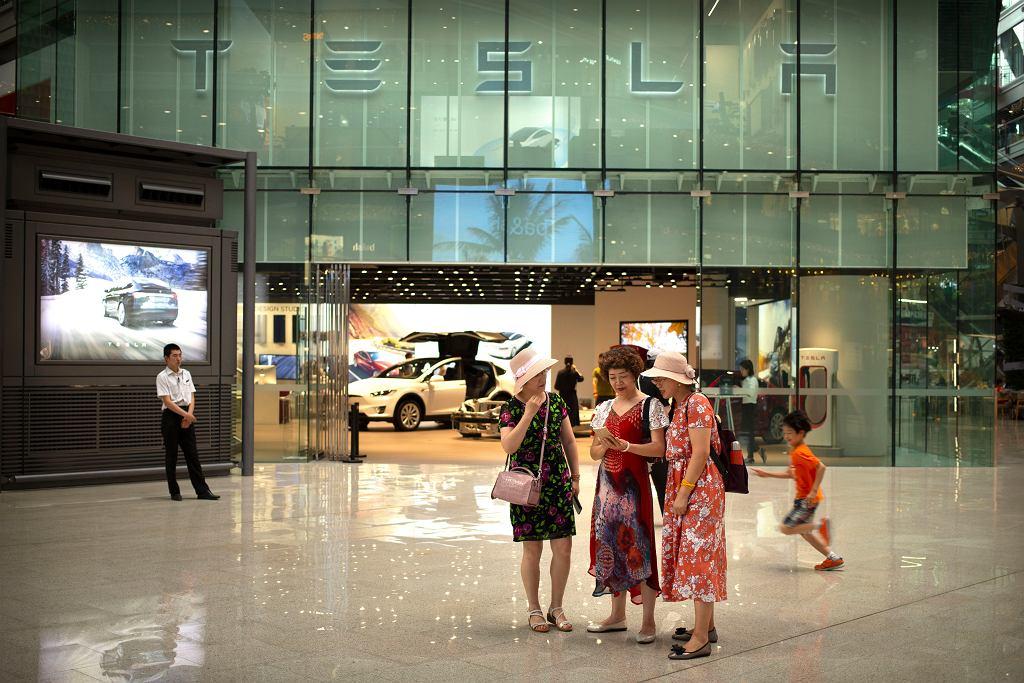 Tesla podnosi ceny w Chinach