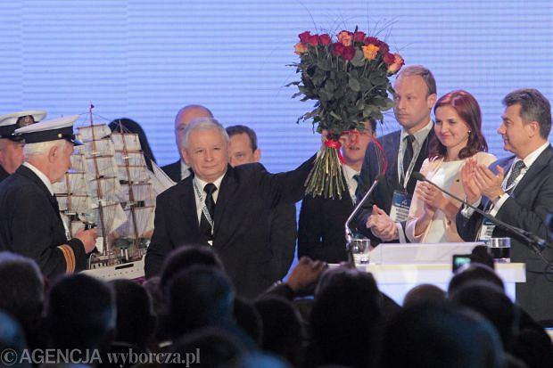 Jaros�aw Kaczy�ski na kongresie PiS w Sosnowcu