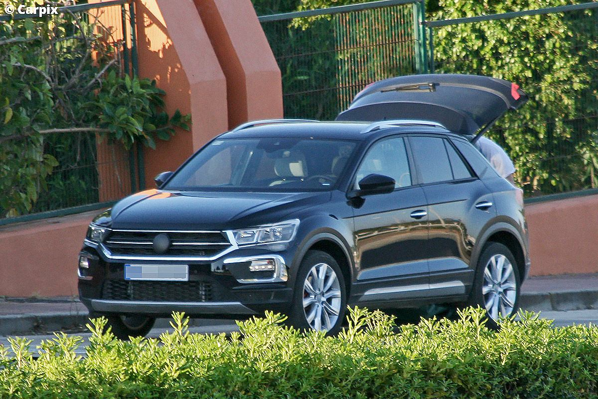 volkswagen t roc ma y tiguan. Black Bedroom Furniture Sets. Home Design Ideas
