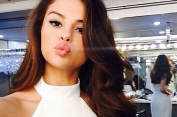 Selena Gomez obcięła włosy na krótko. W nowej odsłonie pokazała się fanom na Instagramie. Ładnie?