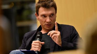 Grzegorz Sroczyński, debata o książce 'Świat się chwieje', 2015