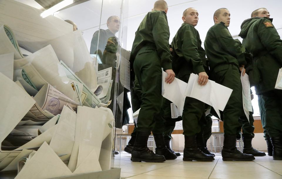 W Rosji trwają wybory do Dumy. Czy znowu wygra partia popierająca Putina?