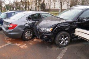 Rajd pijanego kierowcy audi. 12 aut uszkodzonych [ZDJ�CIA]