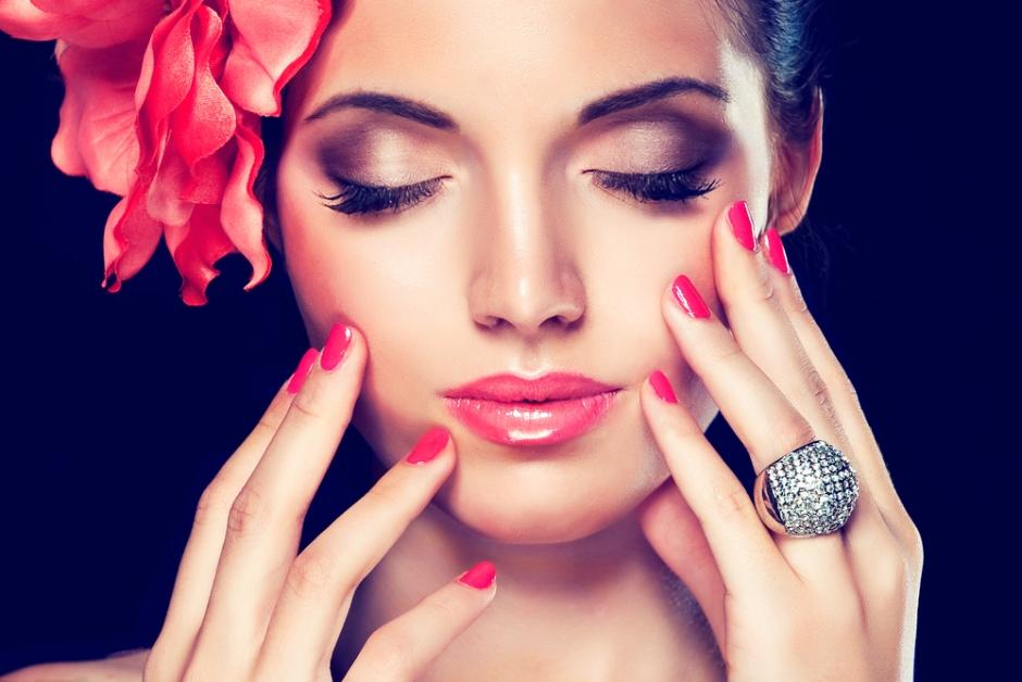 Łamliwe paznokcie - jak sobie z nimi radzić
