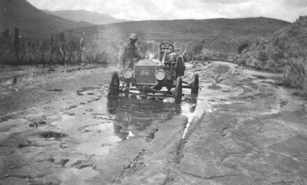 Ford Model T w roli samochodu terenowego