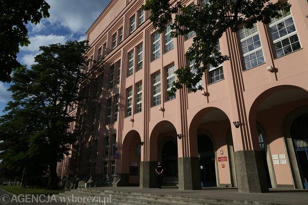 Szkoła Główna Handlowa w Warszawie podkreśla, jak trudno zostać jej studentem