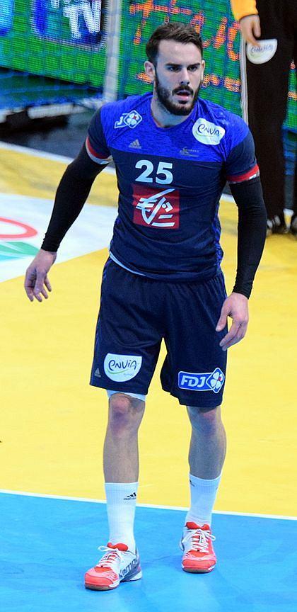 Reprezentant Francji Theo Derot wraca do ligi po przyjęciu 16 dawek chemioterapii