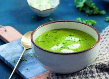 Zupa jarmużowa zkluseczkami zkoziego sera - ugotuj