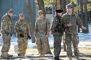 """Żołnierze USA boją się """"spartańskich warunków"""" w Polsce. Jedzą na zapas"""