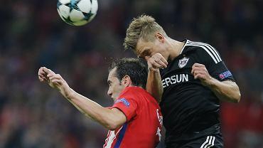 Jakub Rzeźniczak w trakcie meczu Atletico-Karabach